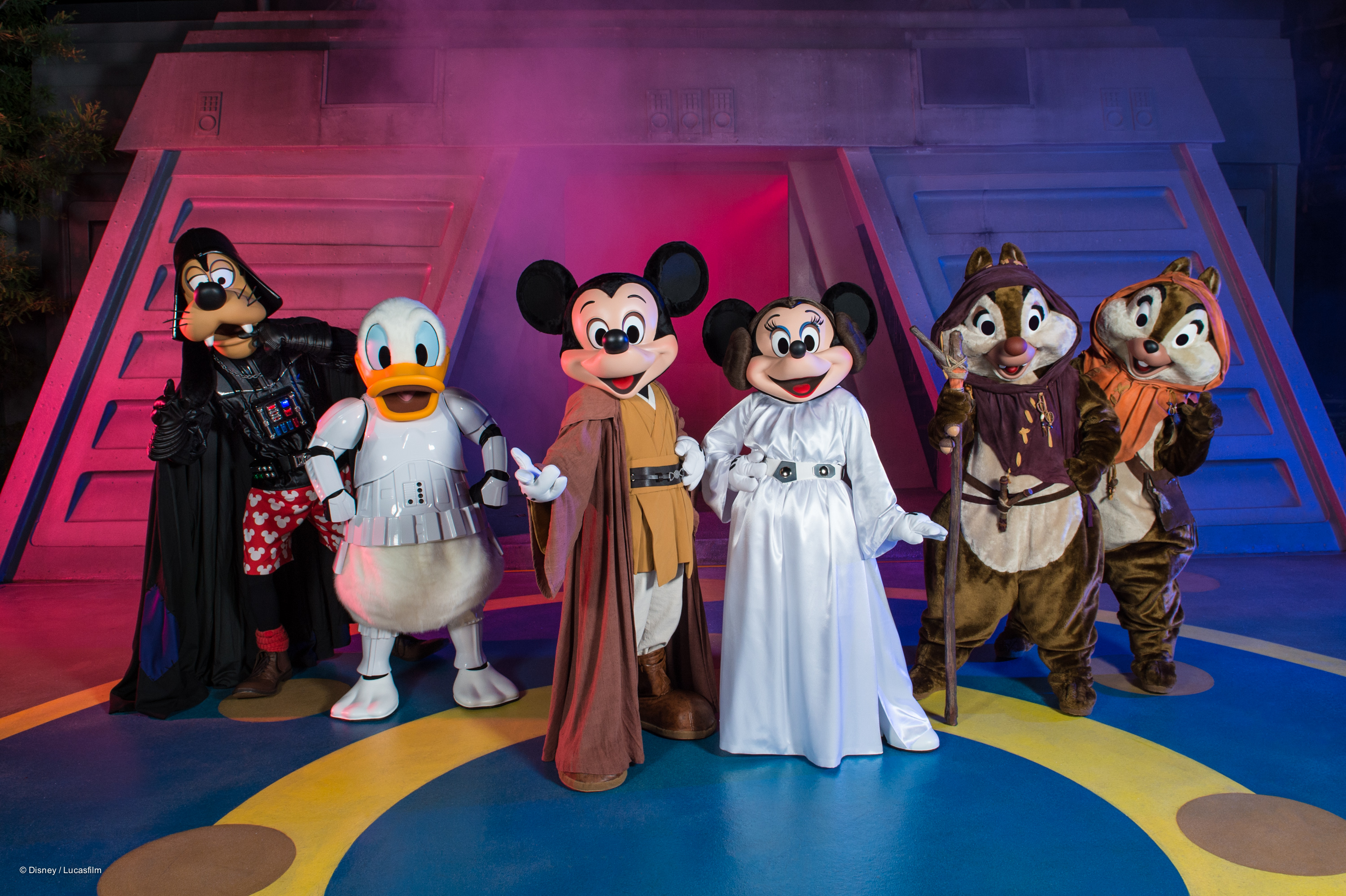 Jedi Mickey, Princess Leia Minnie, Chip n Dale Ewoks, Darth Goofy, Stormtrooper Donald at Star Wars Weekends